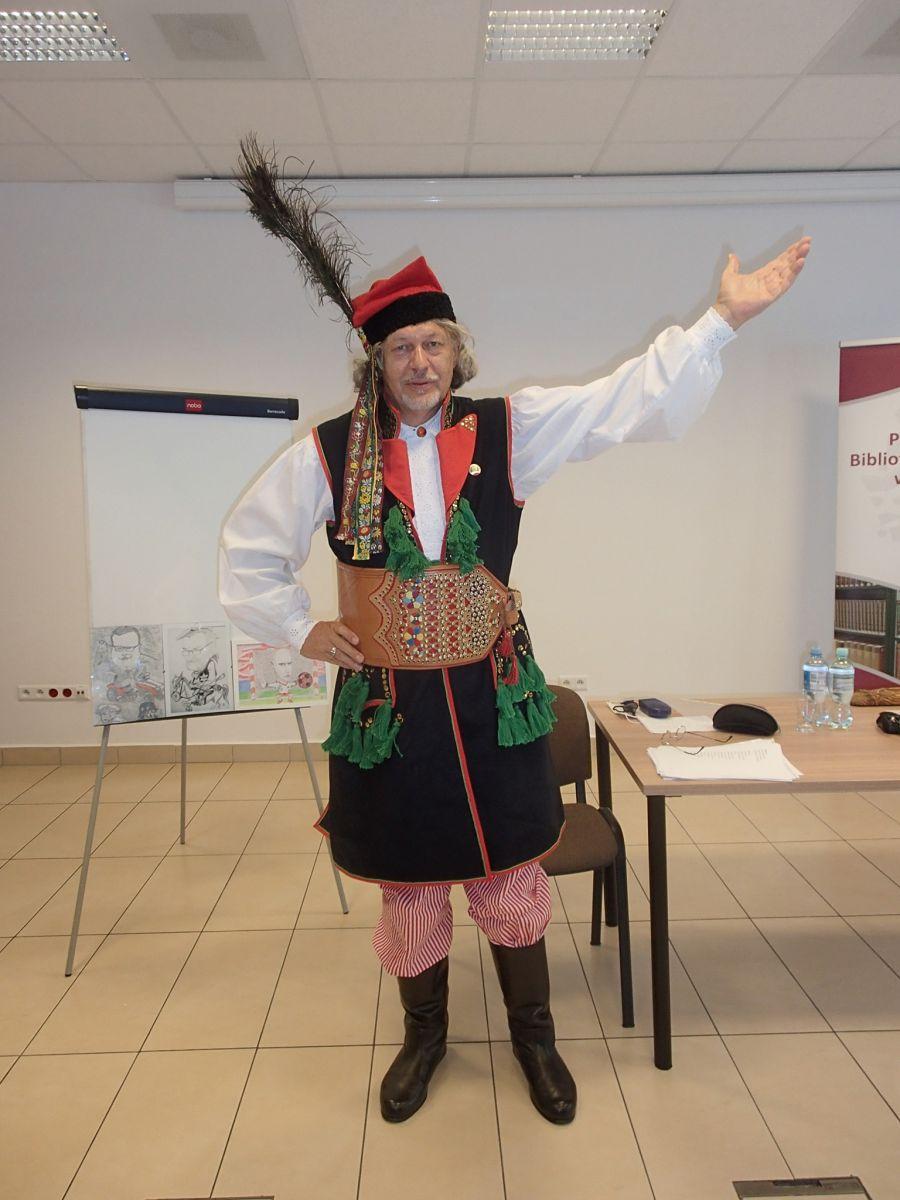 Waldemar Skuratowicz podczas spotkania autorskiego